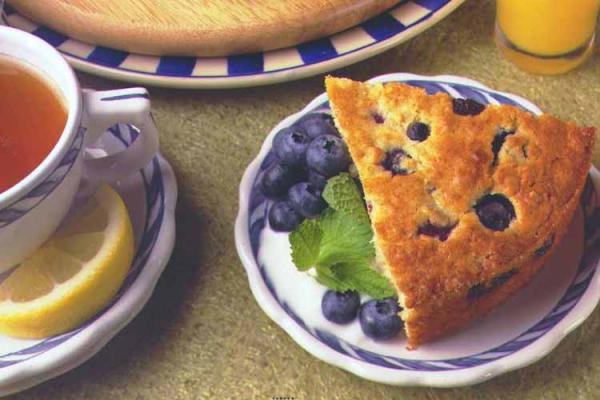 Blueberry Oatmeal  Breakfast Cake