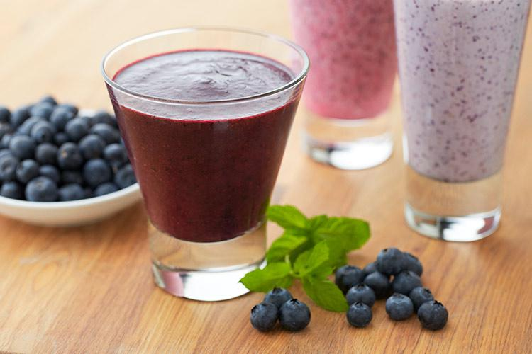 Blueberry Green Zinger Smoothie