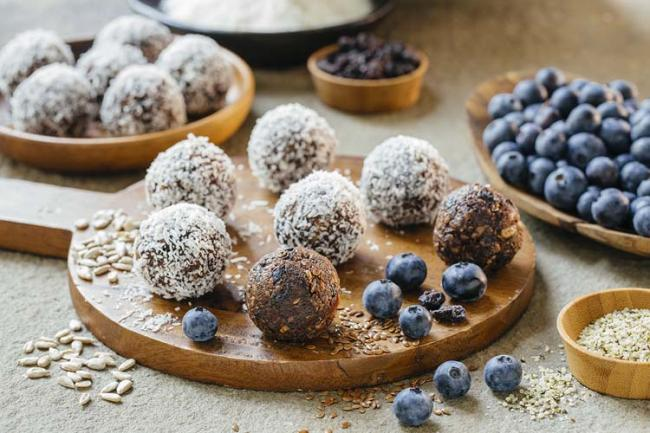No Bake Blueberry Cocoa Seed Bites