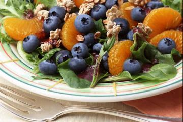 Blueberry Breakfast Salad